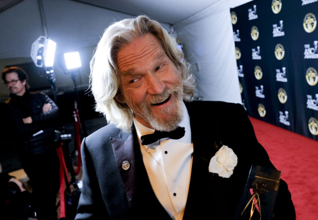 actor-jeff-bridges-gives-update-on-cancer-fight-thanks-fans-for-support-scnow