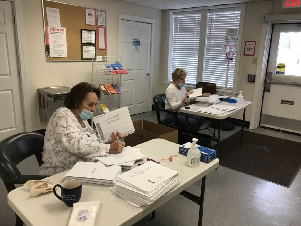 georgetown-county-sees-significant-early-voting-forcing-work-on-a-sunday-charleston-post-courier