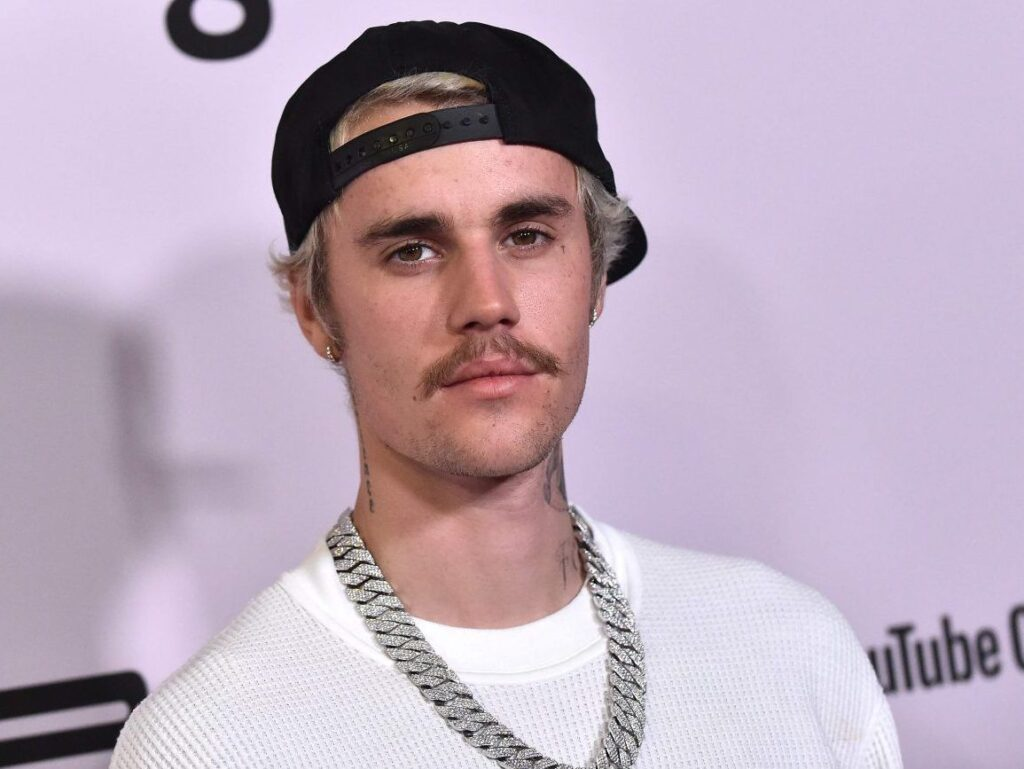 justin-bieber-set-to-perform-at-the-2020-e-peoples-choice-awards-music-news